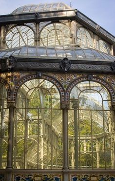 Another architecture The Effective Pictures We Offer You About Greenhouse attached to house A quality picture can tell you many things. You can find the most beautiful pictures th Beautiful Architecture, Beautiful Buildings, Architecture Design, Beautiful Places, Ventana Windows, Victorian Greenhouses, Victorian Gardens, Design Loft, Design Design