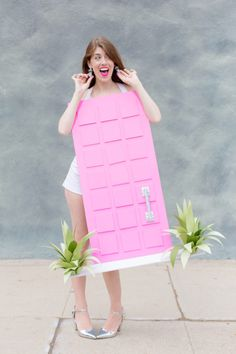 "How To Make A ""That Pink Door"" Costume | studiodiy.com"