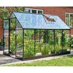 How to make the small greenhouse? There are some tempting seven basic steps to make the small greenhouse to beautify your garden. Diy Greenhouse Plans, Best Greenhouse, Greenhouse Effect, Backyard Greenhouse, Greenhouse Wedding, Portable Greenhouse, Greenhouse Plants, Small Glass Greenhouse, Greenhouse Attached To House