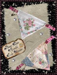 Sweet reversible dog collar bandana/ Free Sewing Pattern: Collar Bandana using Vintage Linens