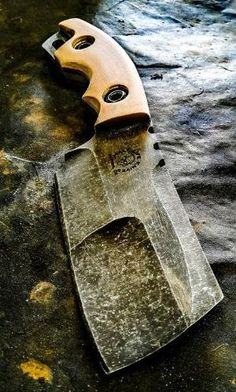 Half Life Knives Duece Cleaver made from cpm 4v, with coyote g10 scales... by millicent