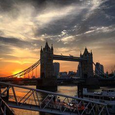London at sunset, Tower Bridge