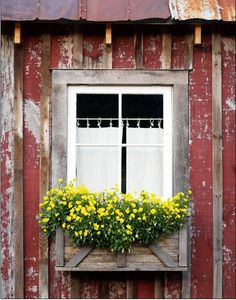 "Sweet Magnolias Farm: Memories .. we all have a few .. ""The Window in the Barn"""