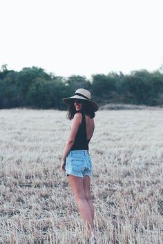 denim & espadrilles - tinera Vintage Jeans, Panama Hat, Hats, Blog, Beautiful, Fashion, Gowns, Moda, Panama