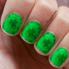 MixedMama: St. Patrick's Day Nails