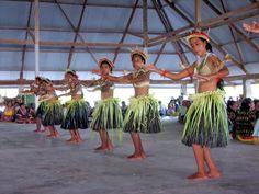 Kiribati - I used to dance like this - so cool!