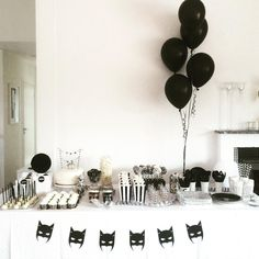 "Sophie auf Instagram: ""Getting ready! #birthday #barnkalas #kalas #kalasinspo #monochrome #birthdayboy"""