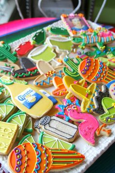 Fiesta/Mexican Themed Cookies (The sTORIbook blog)