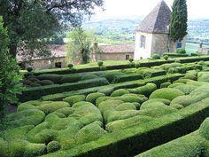 Jardins de Marqueyssac  best viewed by candle light - every week in July & August