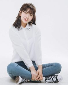 Read PERKENALAN from the story My Boy by (Her. Kpop Girl Groups, Kpop Girls, Korean Women, Korean Girl, Yu Jin, Japanese Girl Group, Kim Min, Japanese Models, Soyeon
