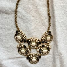 Statement necklace Beautiful! Never worn! INC International Concepts Jewelry Necklaces