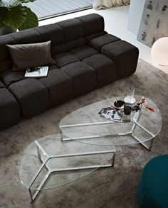 Raj 3 by Gallotti & Radice - Coffee table with 8 mm transparent glass top. Painted glass as per samples in the bright or satin version on request. Bright stainless steel base (20 x 20 x 1,5 mm). Chromed aluminium central part. @Gallotti&Radice