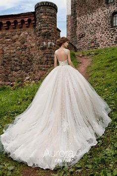 9 Persistent Clever Hacks: Wedding Gowns Lace Sheath wedding dresses tulle a line.Wedding Dresses Disney Brides wedding gowns with veil the bride. Dresses For Big Bust, Wedding Dresses With Straps, Wedding Dress Chiffon, Wedding Dress Sleeves, Princess Wedding Dresses, Modest Wedding Dresses, Wedding Bridesmaid Dresses, Dress Lace, Lace Wedding