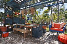 1ª Mostra Trançarte de Decoração de Exteriores. Veja: http://www.casadevalentina.com.br/blog/detalhes/mostra-trancarte-de-decoracao-3042 #decor #decoracao #interior #design #casa #home #house #idea #ideia #detalhes #details #style #estilo #casadevalentina #trancarte #balcony #varanda