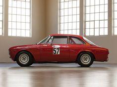 Car Porn: 1965 Alfa Romeo Giulia Sprint GTA By Bertone | Airows