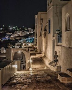 Details that can change your life. Santorini Grecia, Santorini Island Greece, Marketing, Venice Travel, Profile Photo, Greece Travel, Greek Islands, Great Pictures, My Dream