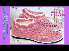 Crochet Sandals, Crochet Boots, Crochet Crafts, Creative Design, Slippers, Vans, Shoes, Fashion, Crochet Shoes