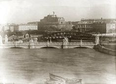 View of flooded Tiber and Castel Sant'Angelo, 1923.