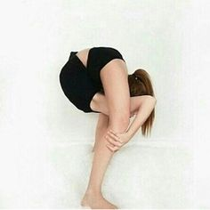 Best Weight Loss Tips in Just 14 Days If You want to loss your weight then make a look in myarticle. Dance Flexibility Stretches, Gymnastics Flexibility, Gymnastics Poses, Cheer Flexibility, Gymnastics Stuff, Acrobatic Gymnastics, Stretching, Best Weight Loss, Weight Loss Tips