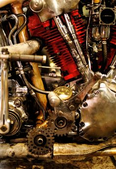 The exposed mechanical nature of a motorcycle - gotta love it. Vintage Bikes, Vintage Motorcycles, Custom Motorcycles, Custom Bikes, Motorcycle Engine, Motorcycle Art, Rock And Roll, Old Bikes, Harley Davidson Motorcycles