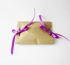 Akamatra: Easiest DIY gift wrap ever! Make your own gift wrap in no time!