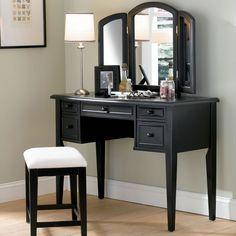 How to arrange a bedroom vanity sets | Bedroom vanity set, Vanity ...