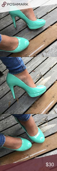 """• GORGEOUS MINT HEELS • >Absolutely gorgeous glossy mint colored heels >>size 8; 4"""" heel  >worn once; no scuffs, scratches or real signs of wear.  Same/next day shipping!📆💌 Pet/smoke free home!🚭🐾 Offers welcome!💰💸 Bundle & save!!🛍✔️  Thanks for looking, xo💋 Shoes Heels"""