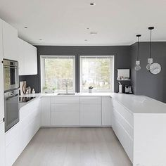 61 brilliant small kitchen ideas you're sure to love 22 - Home Decor -DIY - IKEA- Before After Kitchen Room Design, Modern Kitchen Design, Home Decor Kitchen, Interior Design Kitchen, Home Kitchens, Kitchen Ideas, Modern Design, Modern Kitchen Cabinets, Ikea Kitchen