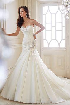 Mermaid Wedding Dresses - Mermaid Gowns | Wedding Planning, Ideas & Etiquette | Bridal Guide Magazine