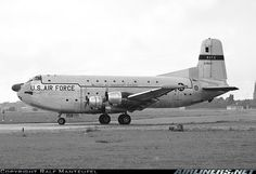 USAF Douglas Globemaster II, We used to fly on the Globemaster from Lakenheath to Wheelus AFB Libya. This old bird was smooth and slow. Us Military Aircraft, Cargo Aircraft, Air Force Aircraft, Military Weapons, C 17 Globemaster Iii, Propeller Plane, Aircraft Propeller, C 130, Cargo Transport