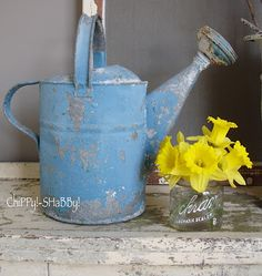 ChiPPy! - SHaBBy!: ChiPPy!-SHaBBy! BLUE ViNtaGe Watering Can