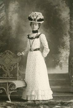 +~+~ Antique Photograph ~+~+  Stunning portrait of a woman in white wearing a jaunty hat!