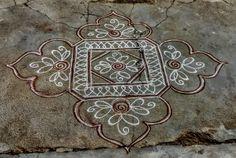 Diya Rangoli, Rangoli Ideas, Flower Rangoli, Beautiful Rangoli Designs, Kolam Designs, Latest Rangoli, Padi Kolam, Simple Rangoli, Hand Embroidery