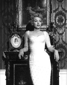 marilyn_monroe_wedding_dress.jpg 1,189×1,500 pixels