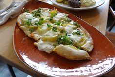Red Roost Tavern ~ Farm Forward Experience ~ Heirloom Tomato Flatbread