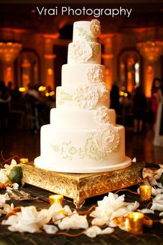 Amy Beck Cake Design - Chicago, IL - 6 Tier fondant wedding cake with cascading floral silhouette - #amybeckcakedesign