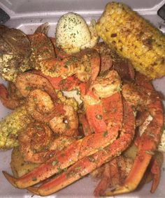 Follow: @Tropic_M for more ❄️ Seafood Boil Recipes, Sleepover Food, Boiled Food, Food Obsession, Food Goals, Food Cravings, Me Time, I Love Food, Soul Food