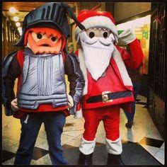 Santa Claus #Playmobil #PlaymoMex #Mexico #DF #Internacional #GoodDay #MexicoCity #CiudadDeMexico #Cdmx #paisajedefeño #Toys #Juguete #Toy #December #Xmas #Navidad #PasajeAmerica #DownTown #CentroHistorico #Centro #Madero #CalleMadero #Diciembre #BestOfTheDay #PicOfTheDay #Pelirrojo #RedHeaded #Ginger #RedHead