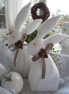 bunnycottage.quenalbertini: Easter fabric bunnies | http://de.dawanda.com/product/56700275-osterhasenpaar-im-landhaus-stil