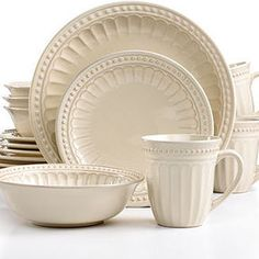 Thomson Pottery Dinnerware