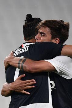 Juventus Wallpapers, F1 Racing, Drag Racing, Football Boys, Lamborghini Gallardo, Best Player, Soccer Players, Cristiano Ronaldo, Grand Prix