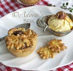 ADORA's Box: MINI CARAMEL APPLE PECAN PIES