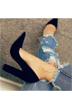 shoeswe.co.uk Offers High Quality 11.5cm Professional Glueing Plain Pointed Toe Rubber Fall Low-Cut Upper Pumps,Priced At Only US$77.89