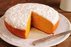È ora di merenda... Prepariamo la torta di carote light e deliziosa? Ecco come farla in meno di un'ora