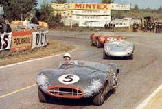 1959 Le Mans. Aston DBR1, Porsche 718 RSK, Ferrari 250 TR.