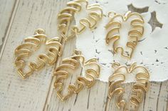 5 pcs  Open Back Bezel Charms for Resin / Monstera (24mm28mm) AZ383 by Candydecoholic on Etsy