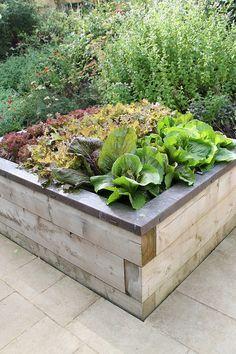 Edible Landscaping: Raised beds Kitchen Garden   jardin potager   bauerngarten   köksträdgård