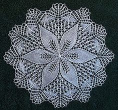 Ravelry: Julie pattern by Ugeblad