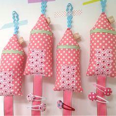 Tea Pea Hairclip House - Pink Spot