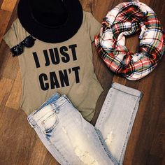 Want everything in this picture, especially the plaid scarf!